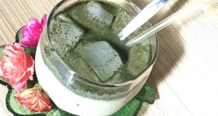iced-green-tea-milk-drink-with-homemade-green-tea-powder